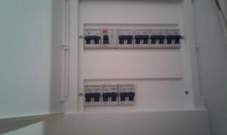 renovar la instalación eléctrica en nuestra cocina, es básico para un correcto funcionamiento y para nuestra seguridad