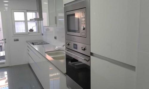 columna de horno y microondas