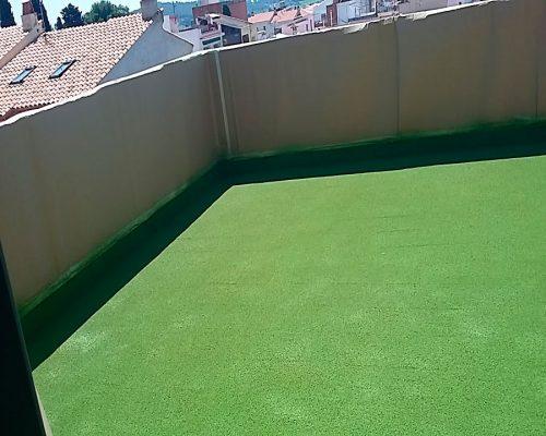 Aislamiento en terrazas con corho proyectado. Una estética moderna, duradera, natural y eficaz