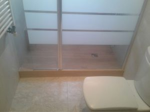 Plato de ducha imitación madera